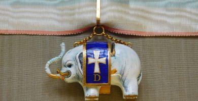 amuleto elefante branco